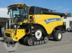 Mähdrescher des Typs New Holland CR 10.90 Raupe 4 WD in Bützow