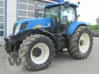 Traktor des Typs New Holland T 7040 in Kleeth