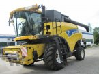 Mähdrescher des Typs New Holland CR 9080 in Kleeth